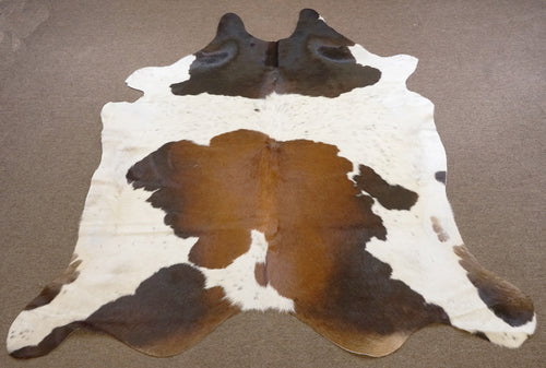 Extra Large Brazilian Chocolate and white Rodeo Cowhide rug 8x 6.8 ft --2753 - Rodeo Cowhide Rugs