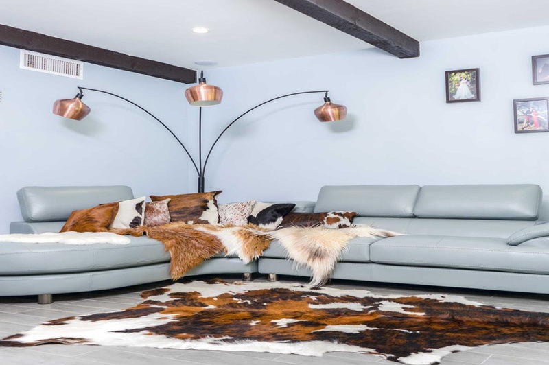 Tricolor White Belly Cowhide Rug - Rodeo Cowhide Rugs