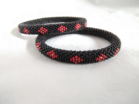 Bangles ( bead work) (black red)