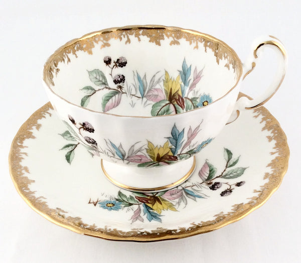 Aynsely England Tea Cup And Saucer Set