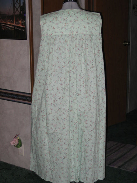 Handmade Green Floral Nightgown, Plus Size XL - Couture Service  - 2