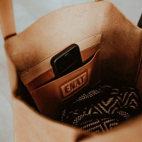 Everyday Leather Tote - Camel