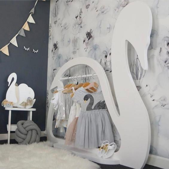Swan Display Clothes Rack - White