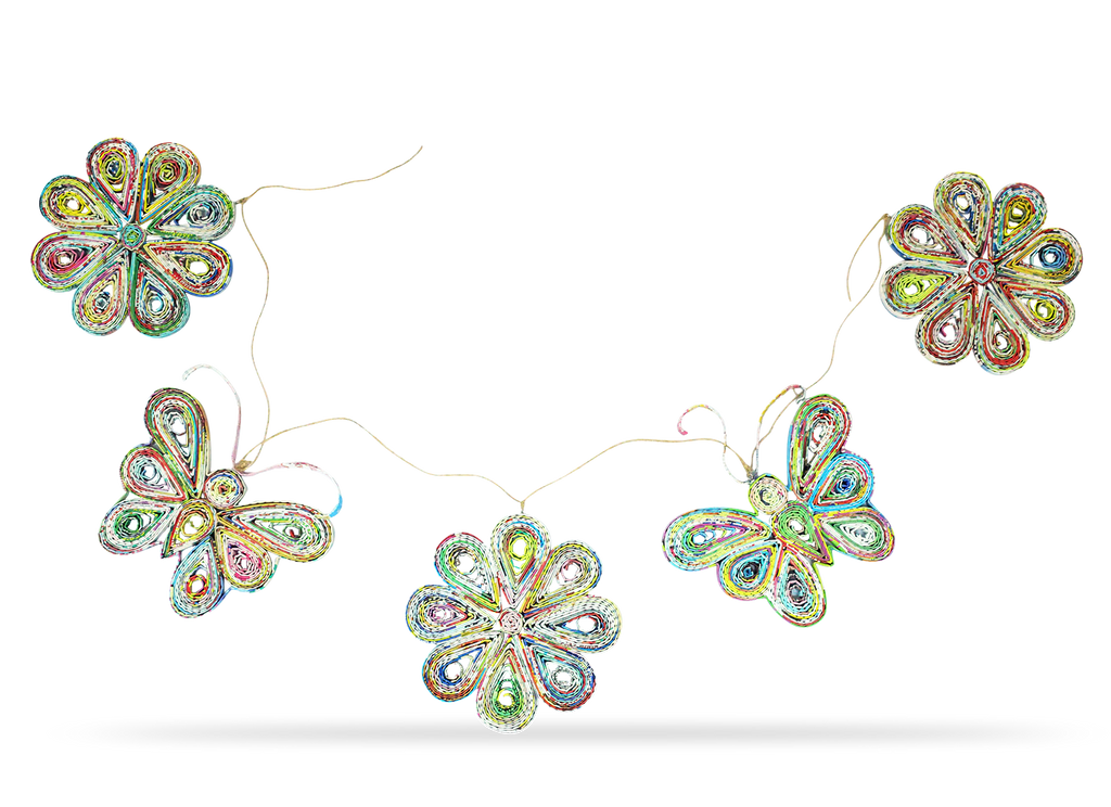 Garland of 3 Flowers and 2 butterfly