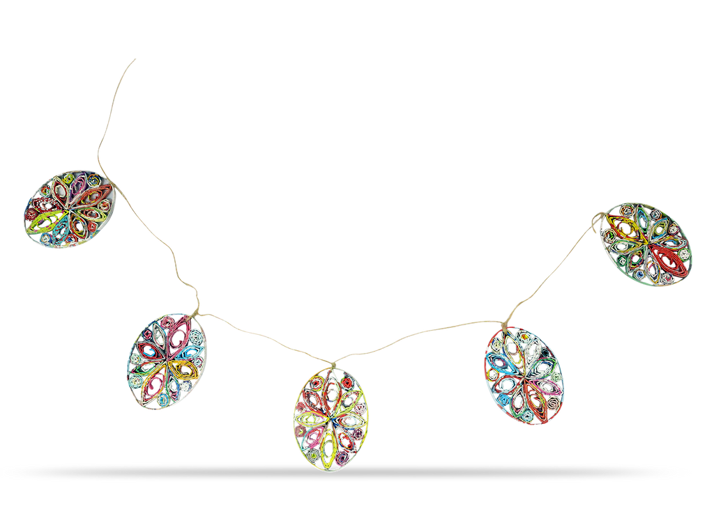 Garland of 5 oval eggs in multicolors