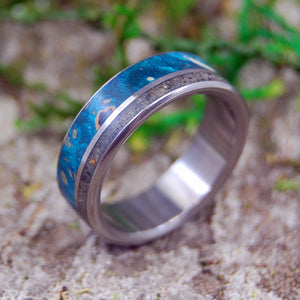 COAST OF CALI | Beach Sand & Wood Wedding Ring - Minter and Richter Designs