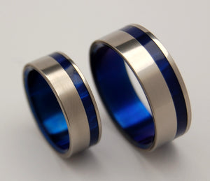 TO THE WINDS RESIGN | Blue Marbled Resin & Titanium - Unique Wedding Rings - Wedding Rings Set - Minter and Richter Designs