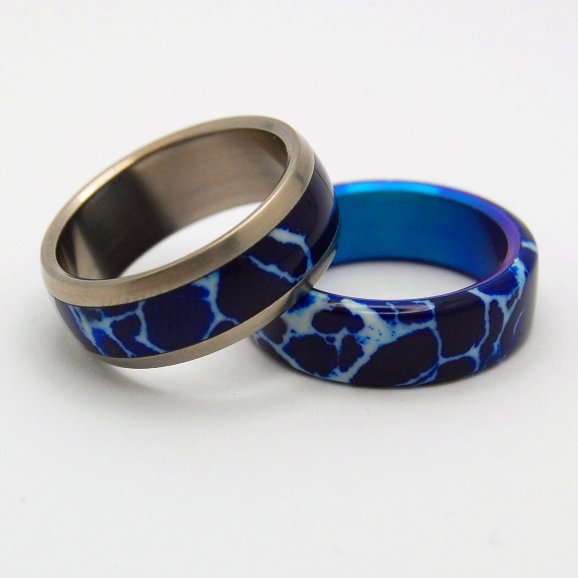 GOBLIN ORE DROP | Cobalt Stone - Titanium Handcrafted Wedding Rings Set - Minter and Richter Designs