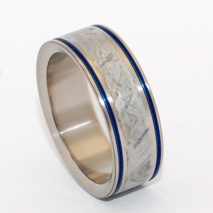INTERGALACTIC FANTASTIC | Meteorite & Titanium Custom Men's Wedding Bands - Minter and Richter Designs