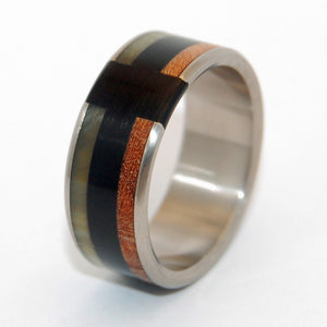 LOVE NEVER FAILS | Sheep Horn, Onyx Stone and Red Oak Wood - Titanium Wedding Rings - Minter and Richter Designs
