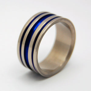 The Perfect Groove | Titanium Wedding Rings