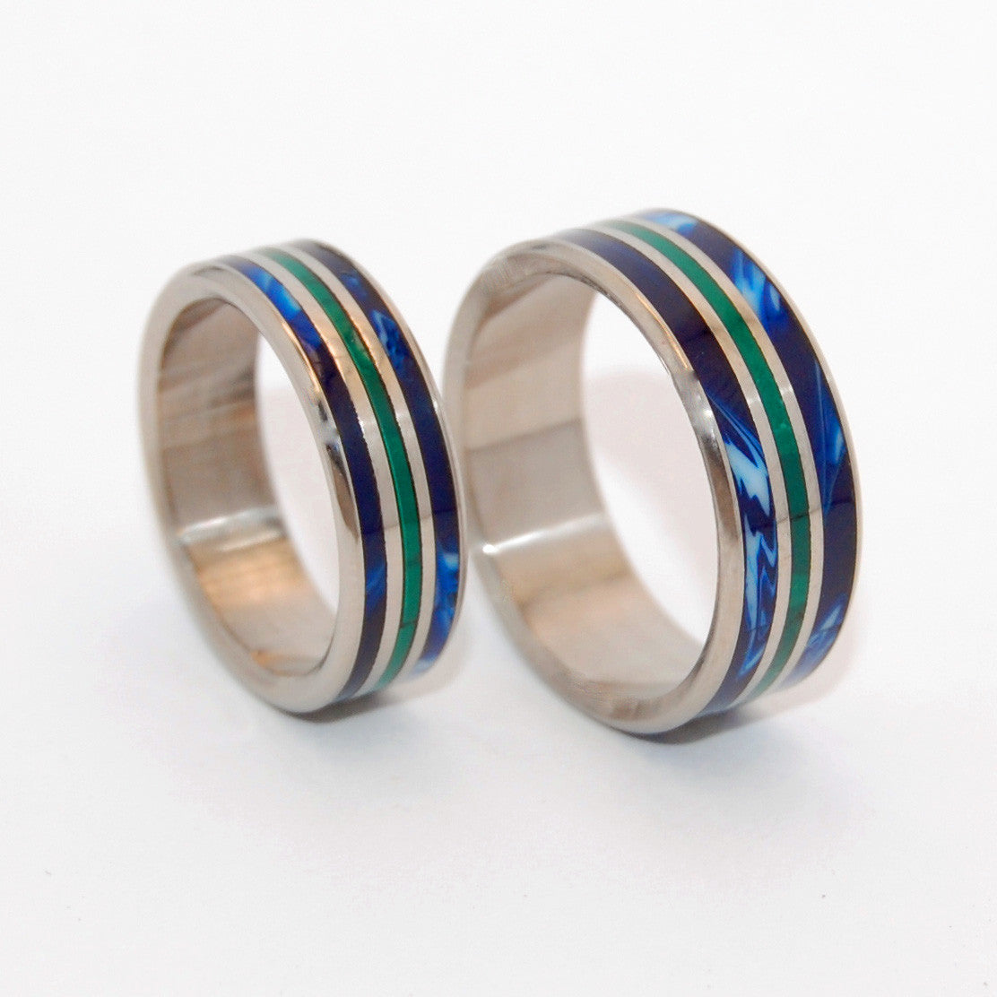 OUR WORLD FLIP | Jade Stone & Blue Vintage Resin - Titanium Wedding Rings Set - Minter and Richter Designs