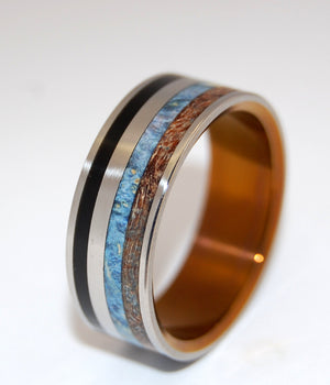 RISING SUN | Onyx Stone, Box Elder Wood, Spalted Maple Wood & Titanium - Unique Wedding Rings - Minter and Richter Designs