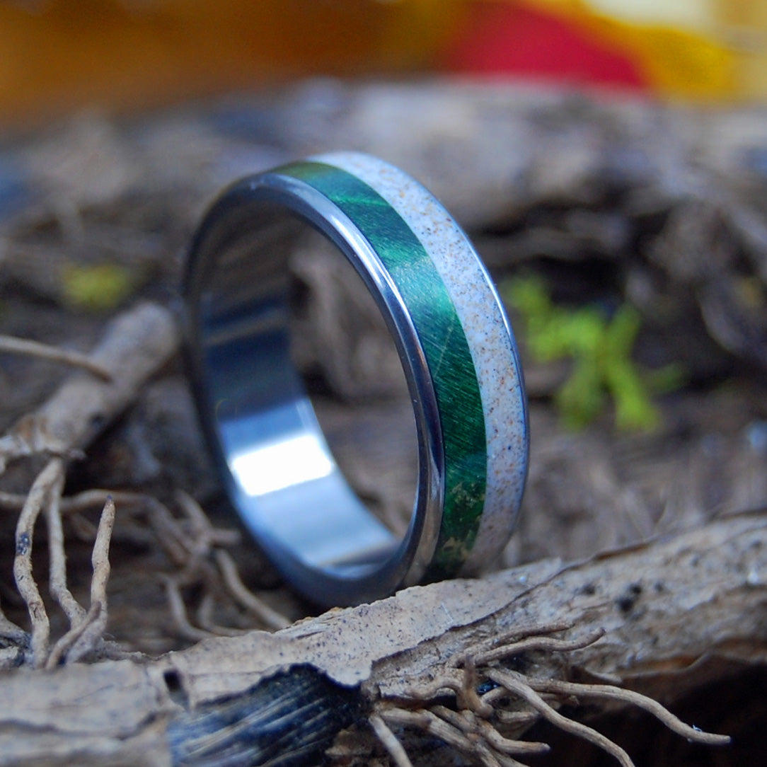 GREEN WOOD & SAND | Beach Sand Rings - Wooden Wedding Ring - Unique Wedding Rings - Minter and Richter Designs