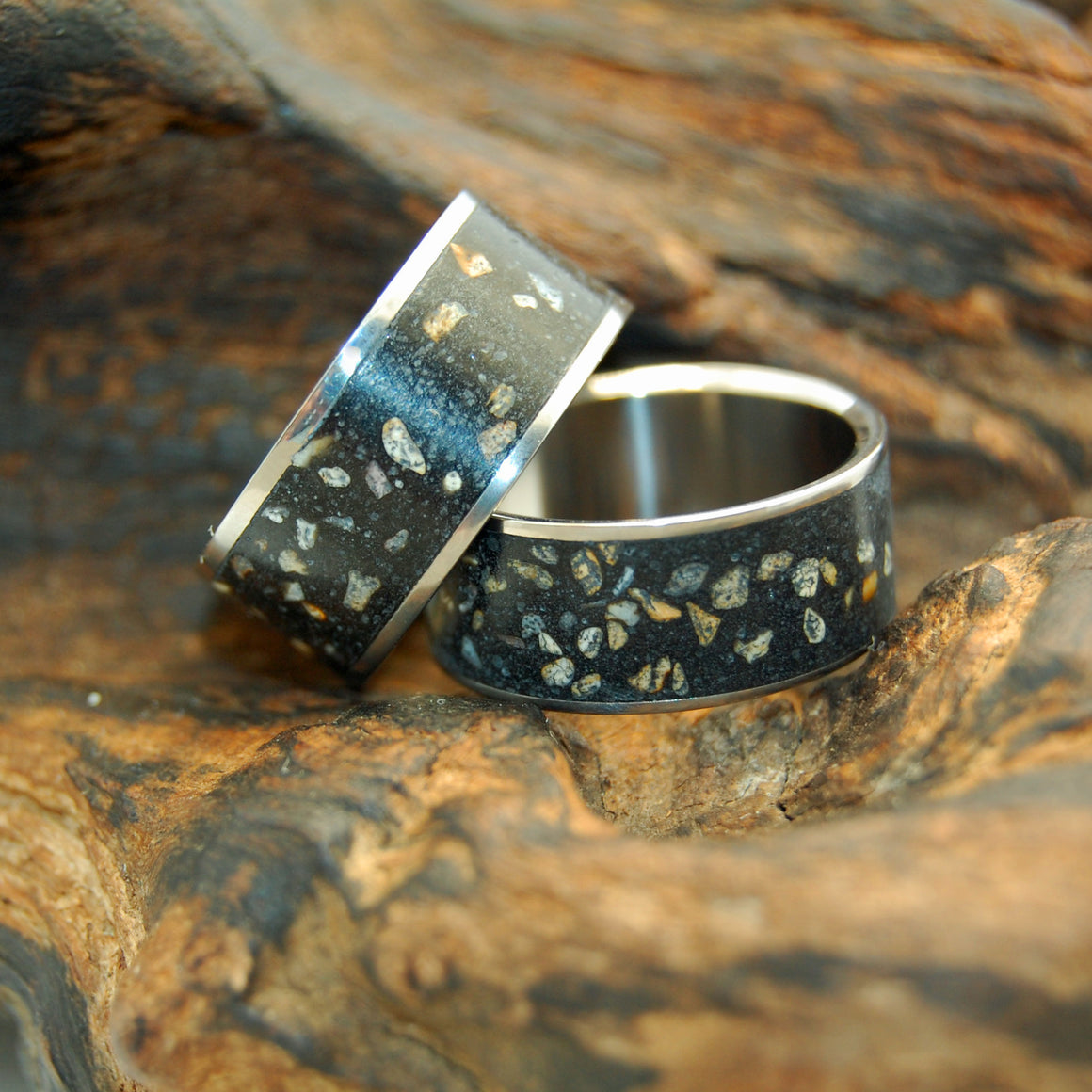 NIGHT SKY | Beach Sand & Titanium Wedding Rings Set - Minter and Richter Designs