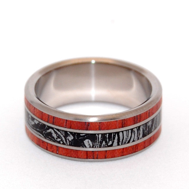 SILVER LINING | Black Silver M3 and Blood Wood - Titanium Wedding Rings - Minter and Richter Designs