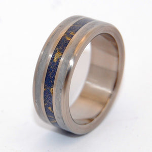 Gold at the Tip of the Comets Tail | Meteorite and Titanium Wedding Ring