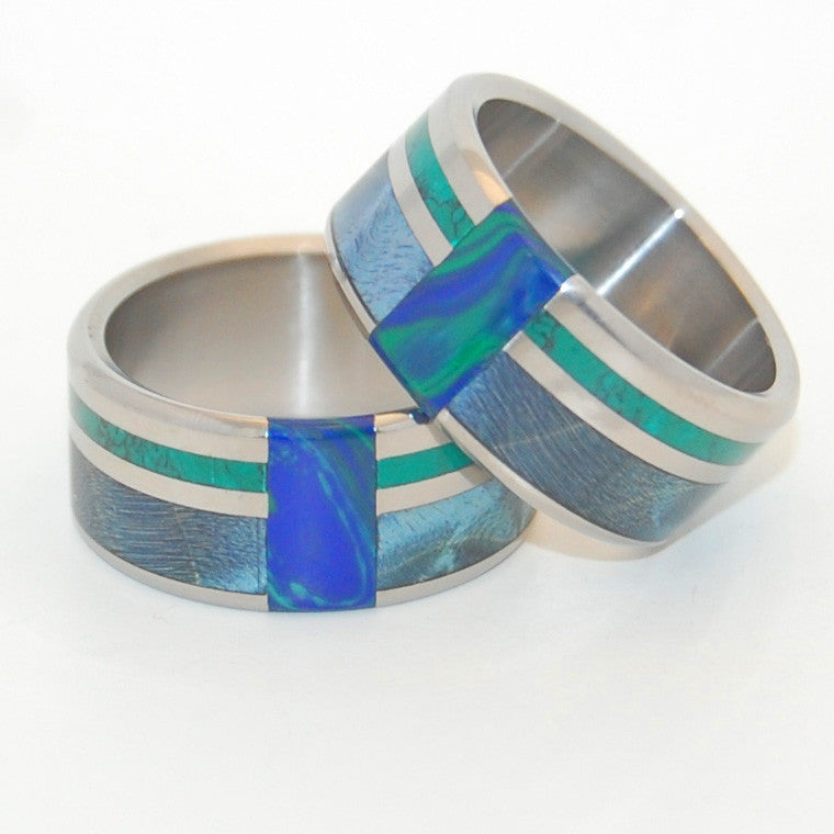 PEACOCK | Blue Box Elder Wood, Jade Stone, Azurite Malachite Stone - Wooden Wedding Rings Set - Minter and Richter Designs