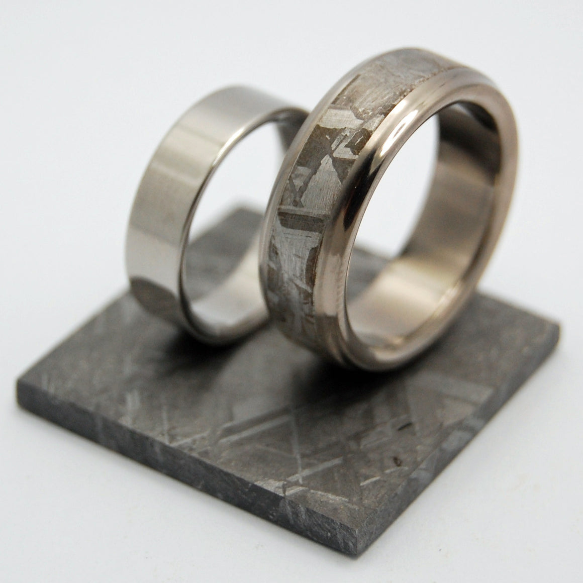 FALLING STAR SUPER STEEL | Meteorite & Steel Wedding Rings set - Minter and Richter Designs