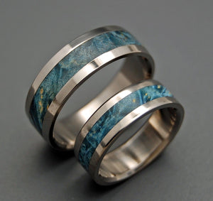 STARRY STARRY NIGHT | Blue Box Elder Wood & Titanium - Unique Wedding Rings - Wedding Rings Set - Minter and Richter Designs