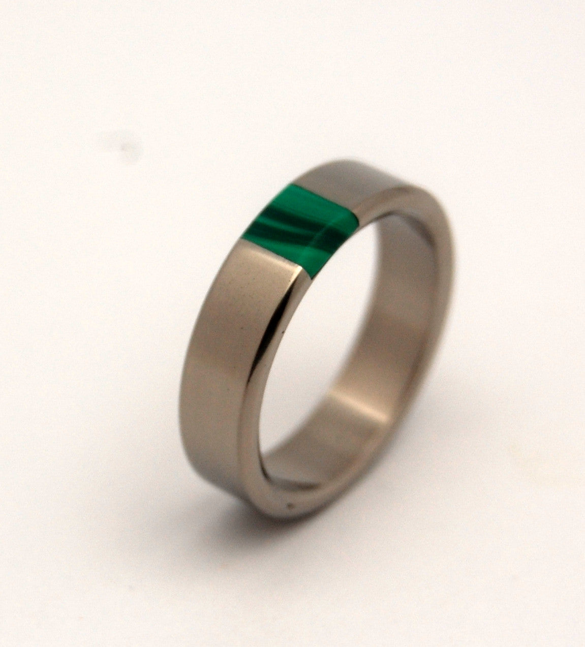 GREEN NECTAR | Jade Stone & Titanium - Unique Wedding Rings - Minter and Richter Designs