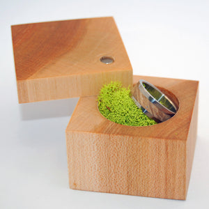 Light Maple Ring Box - Minter and Richter Designs