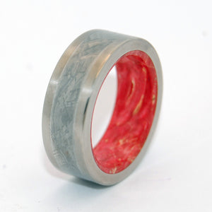 Red Star Supernova | Meteorite Titanium Wedding Band