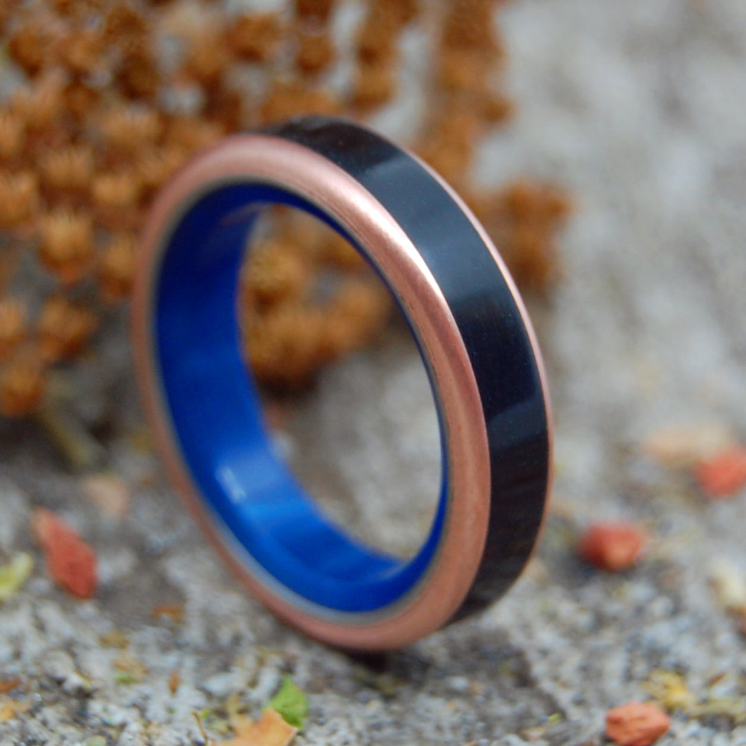 MARBLE IN THE DEPTHS | Onyx Stone & Copper Titanium Blue Wedding Ring - Minter and Richter Designs