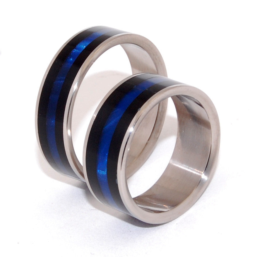 ORION| Black & Blue Opalescent Resin - Unique Wedding Rings Set - Minter and Richter Designs
