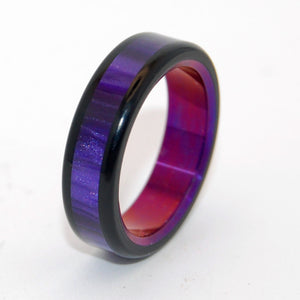 PURPLE AVEC TU | Purple Marbled Opalescent Resin - Unique Wedding Rings - Minter and Richter Designs