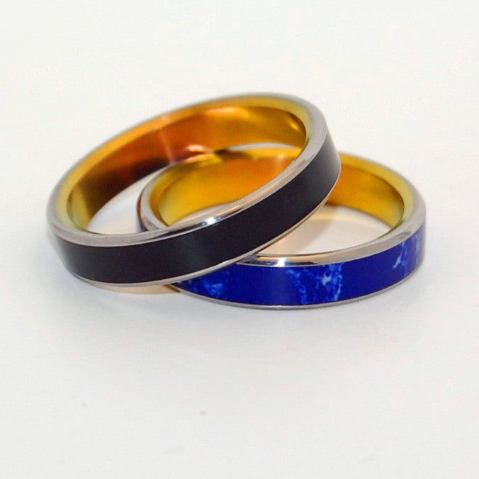 hints of black onyx and sodalite stones come together in this beautiful wedding ring set - Onyx Wedding Ring