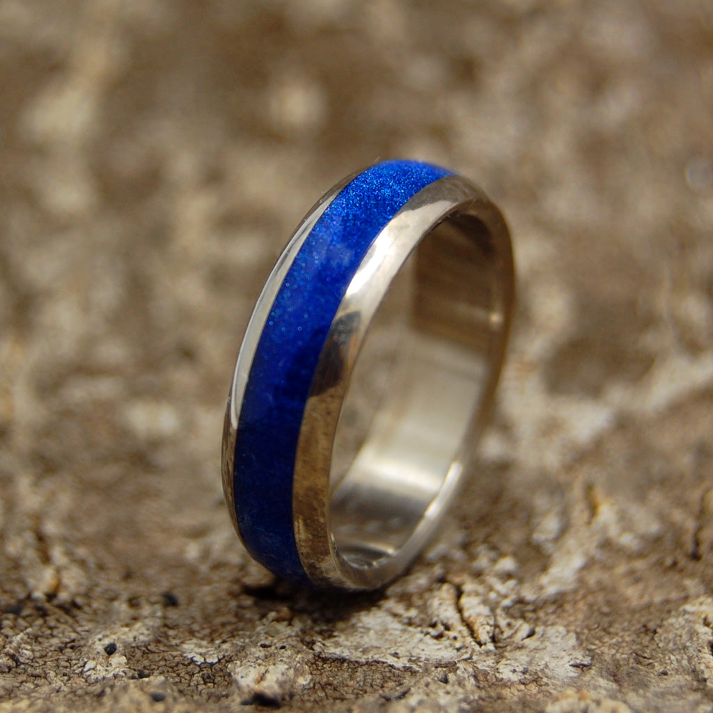 Sparkling Sapphire Sea Dome | Wooden Titanium Wedding Ring