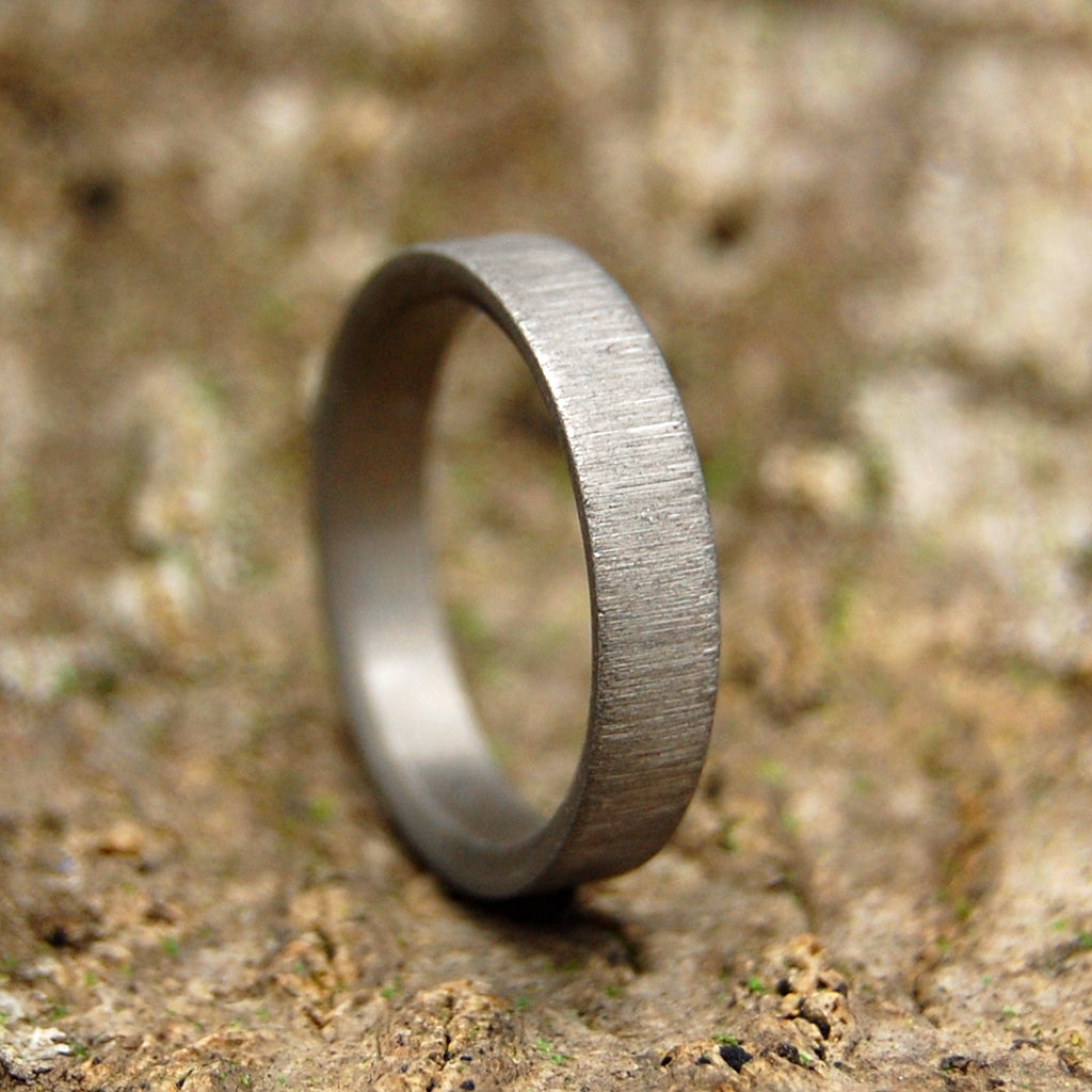 VERTICAL STROKE SLEEK | Handcrafted Titanium Wedding Rings - Minter and Richter Designs