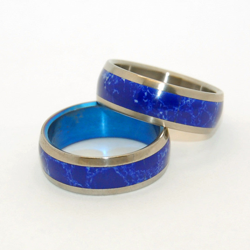 POET'S STONE | Sodalite Stone & Titanium Wedding Rings Set - Minter and Richter Designs