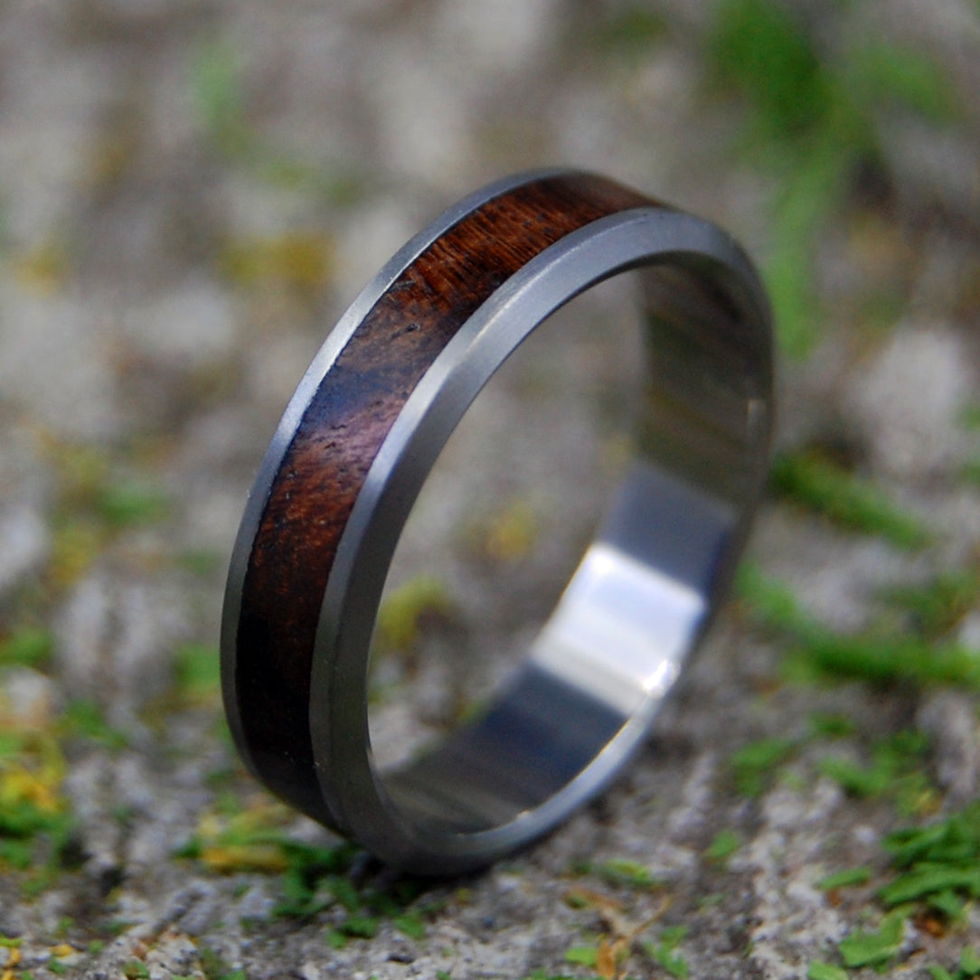 WALNUT WEDDING RING | Women's Wedding Rings Walnut Wood - Minter and Richter Designs