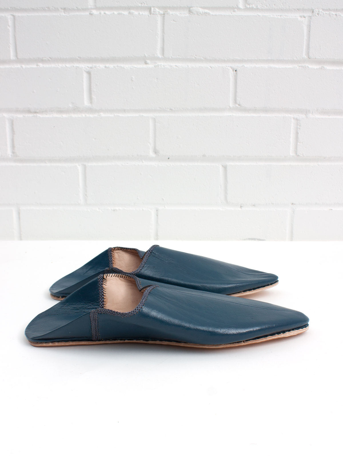Moroccan Plain Pointed Babouche Slippers, Indigo