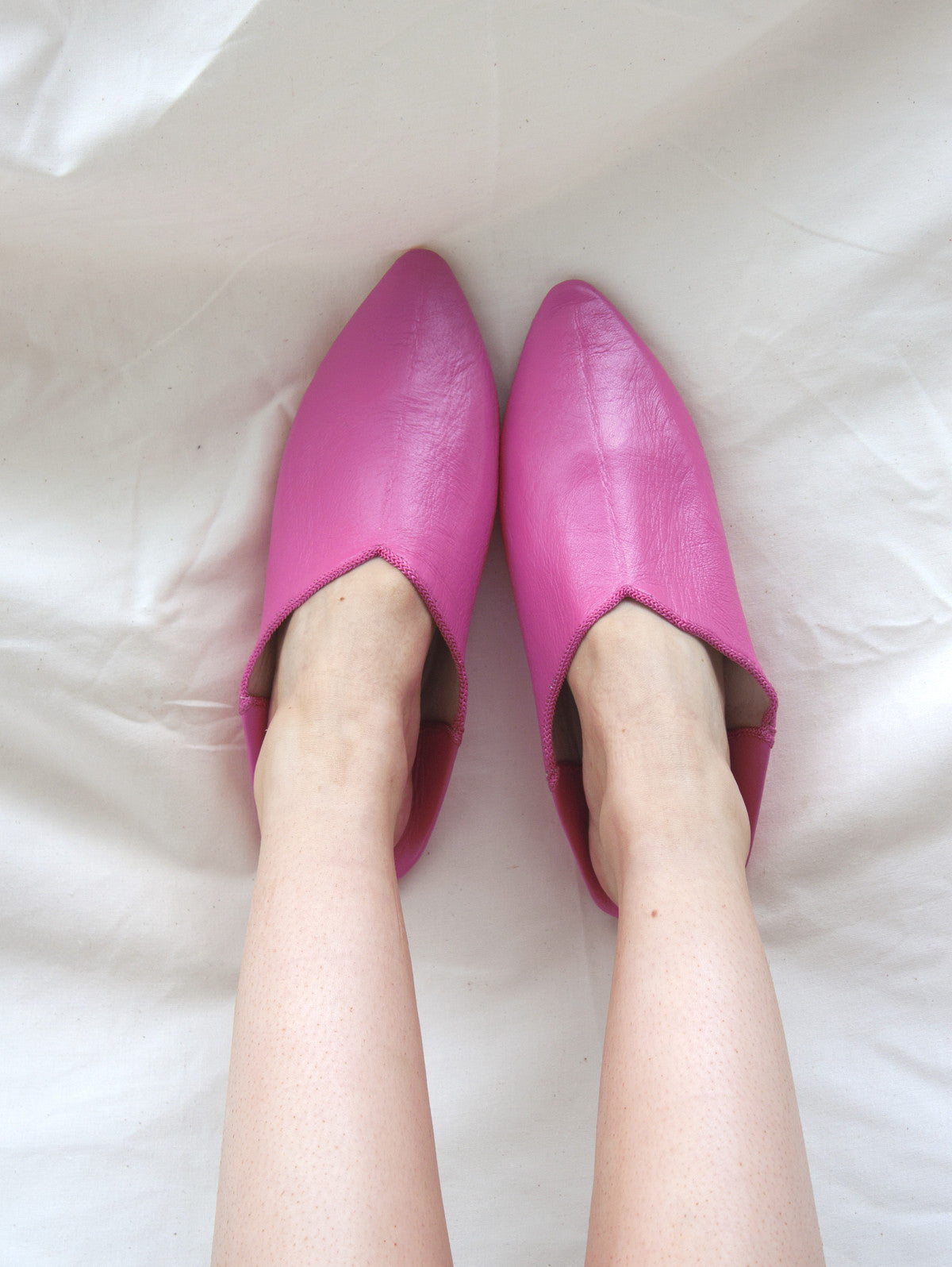 Moroccan Plain Pointed Babouche Slippers, Fuchsia
