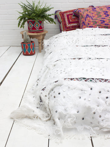 Story Insight | Moroccan Wedding Blankets