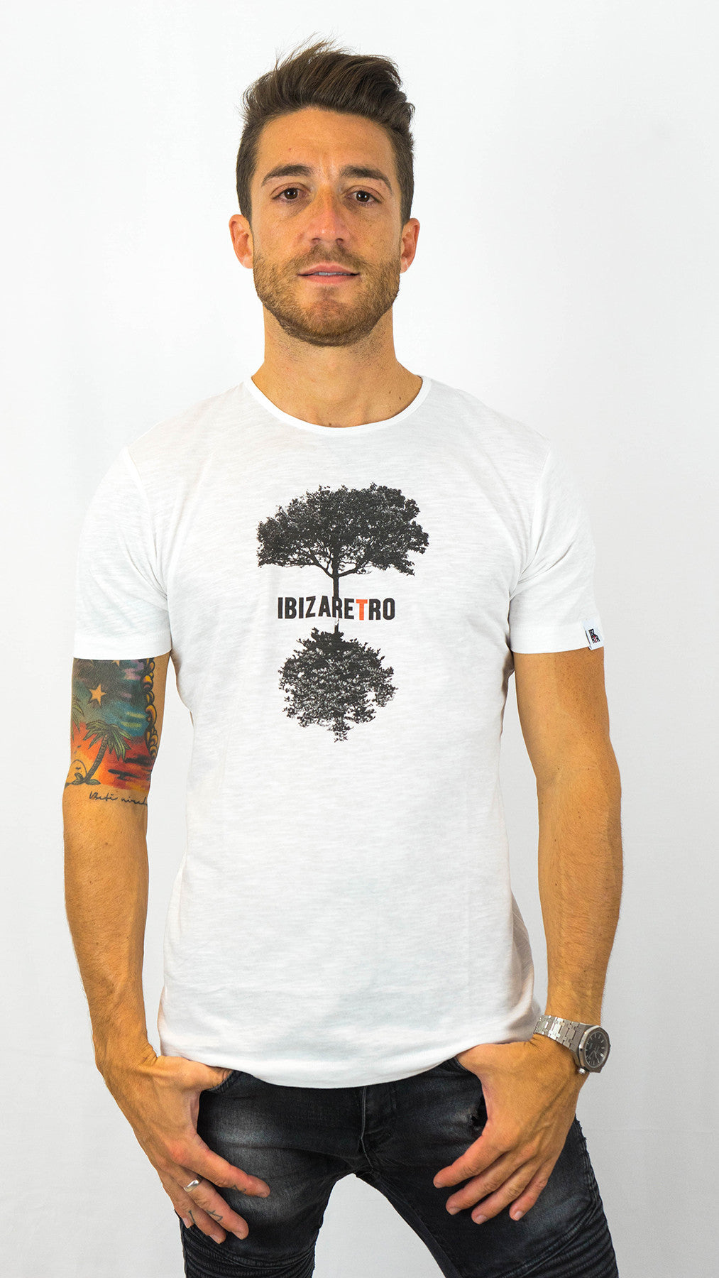 JAPAN TREE WHITE MAN