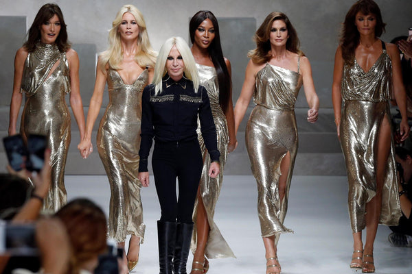 VERSACE FINALE SS18 90'S SUPERMODELS REUNITE