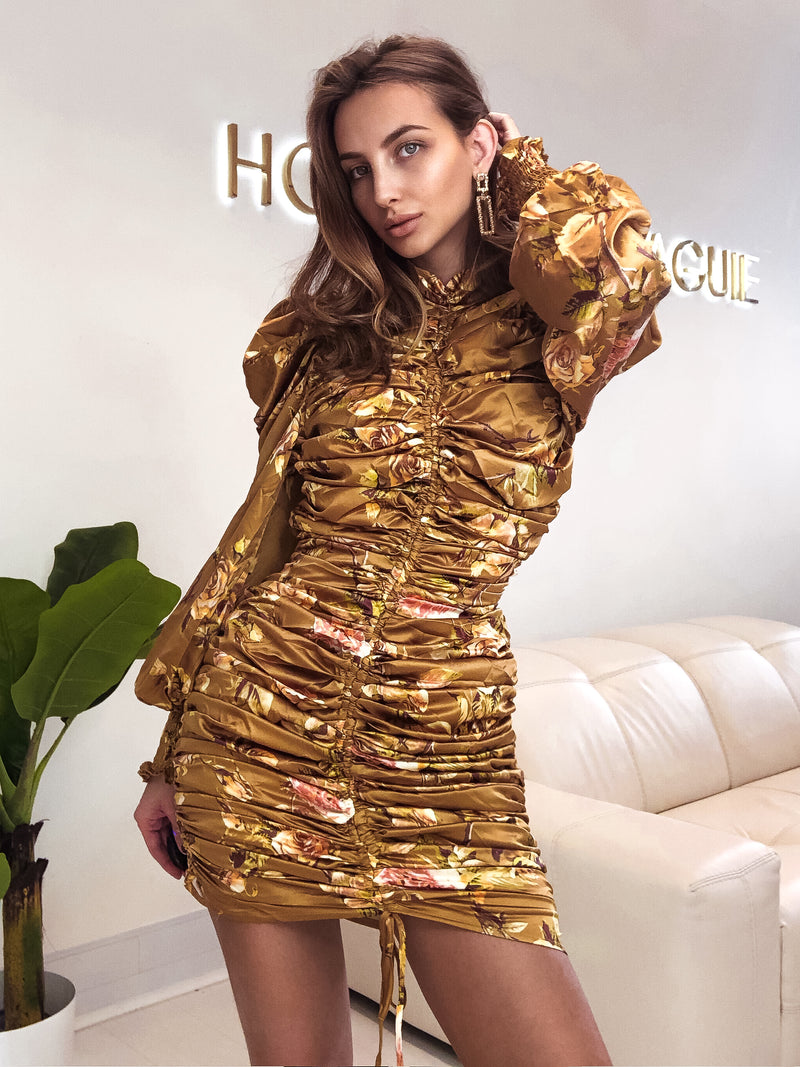 gold dress uk, gold dress, gol dress asos, gold dress Zara, oriental dress, oriental dress uk, ruffle dress, puff sleeve dress, high neck dress, long sleeve dress, mini dress,