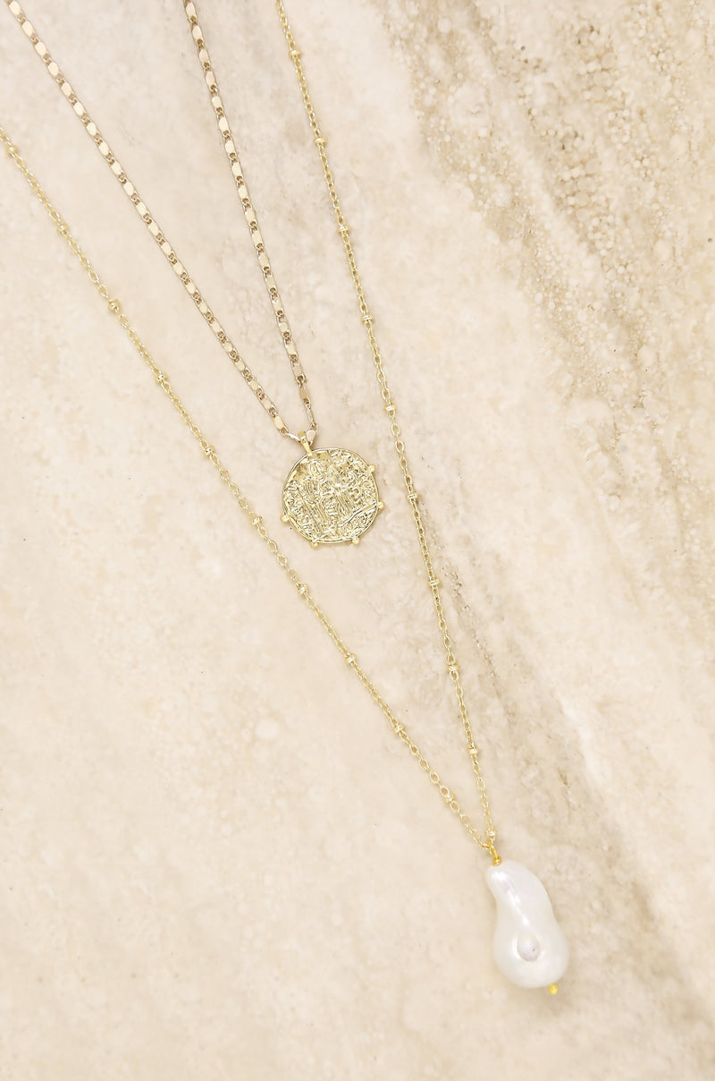 two layered necklace, two layers delicate necklace, two layers trendy necklace, layer Necklace, fine jewellery two layers necklace, long layered necklace, long layered necklace gold,layered necklace accessorize,  layered necklace pandora, layered necklace uk, layered necklace gold uk,  layered necklaces swarovski