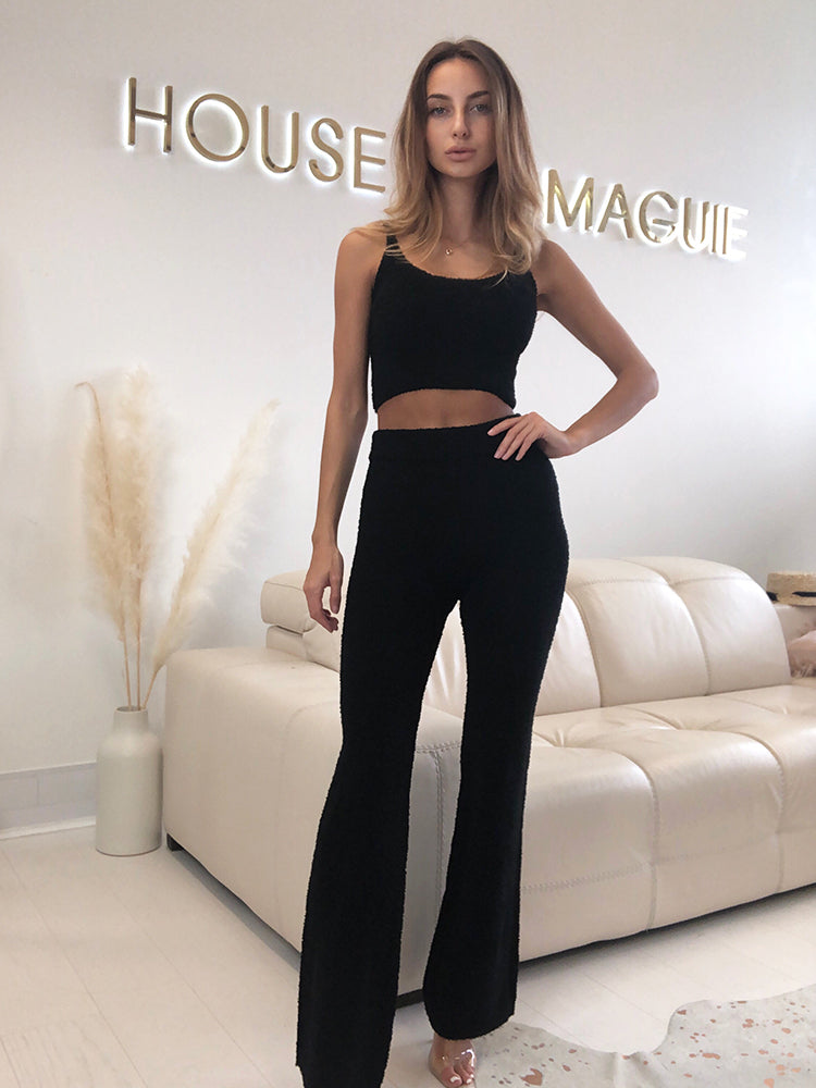 skims loungewear, kim kardashian loungewear, airport loungewear, trendy loungewear, zara loungewear, hm loungewear, gigi hadidi loungewear, cozy loungewear, loungewear sets, designer loungewear, asos loungewear, micha loungewear, cute loungewear, next loungewear, airport loungewear, bloggers loungewear, pink loungewear, trendy loungewer, fine loungewear, house of cb loungewear