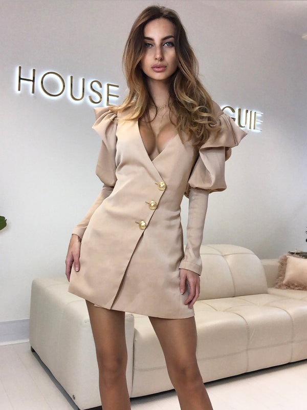 best blazer dress London, blazer dress, summer blazer dress, balmain blazer dress latte, wedding guest blazer dress, summer blazer dress, puff sleeve blazer dress, zara summer blaser dress celebrity boutique blazer dress
