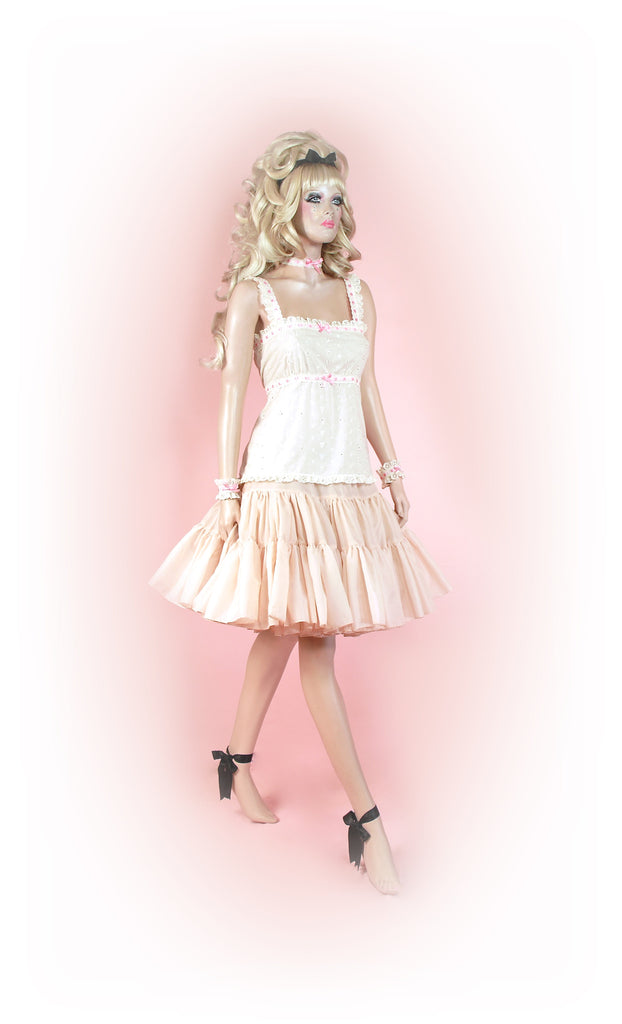 Creamy Cream<br>Tutu Knee