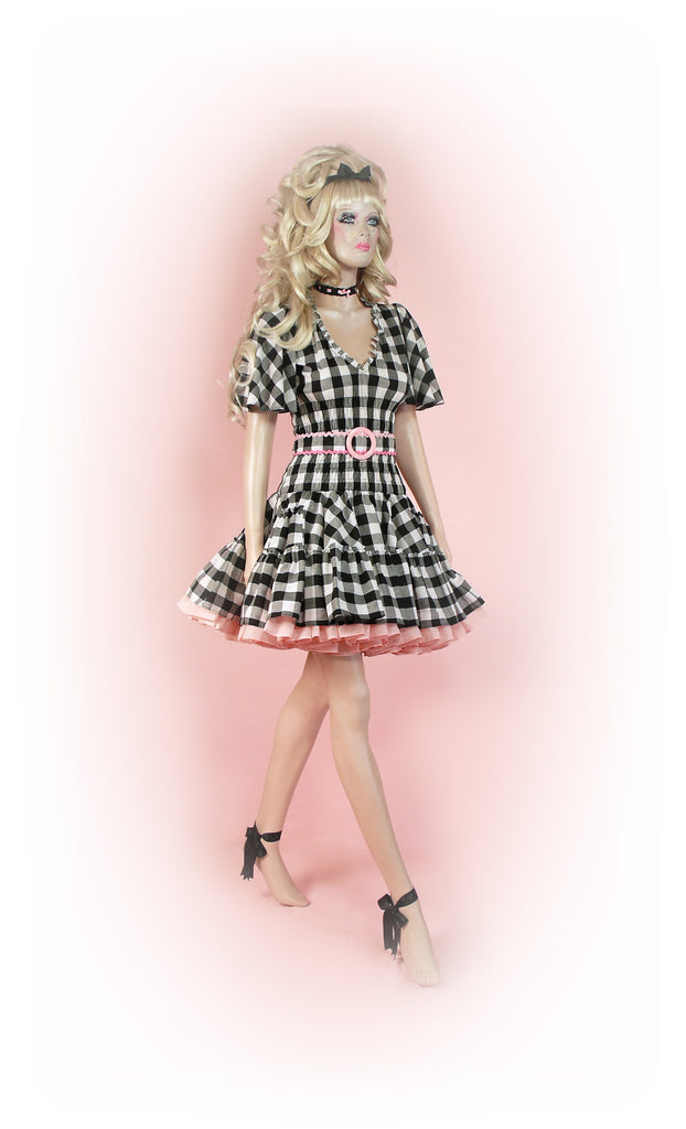 Black with Pink<br>Ric-Rac Gingham