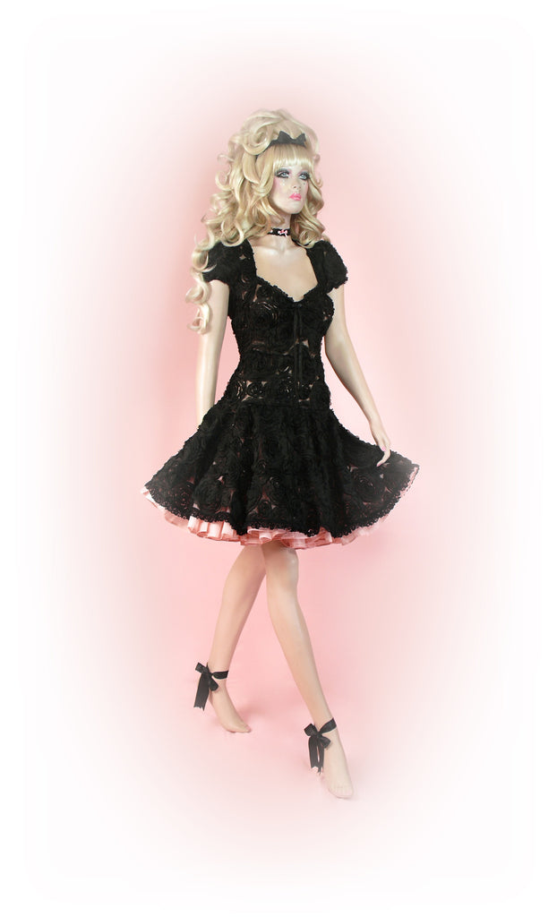 Black<br>Rose Petal Lace