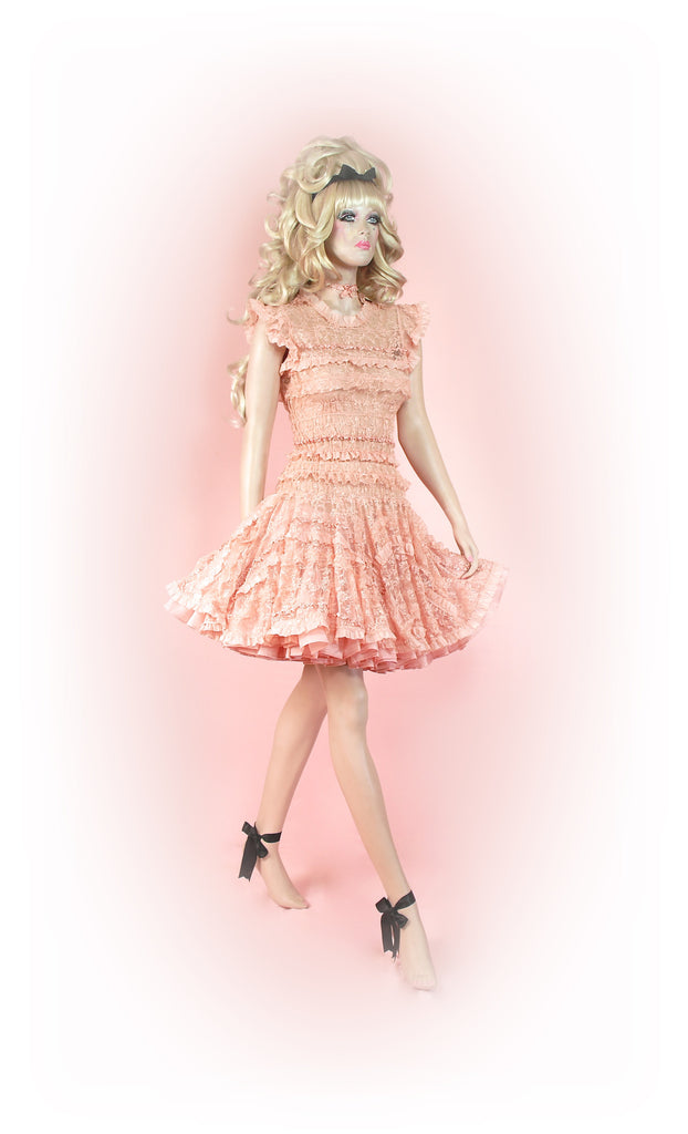 Pink<br>Frilly Lace