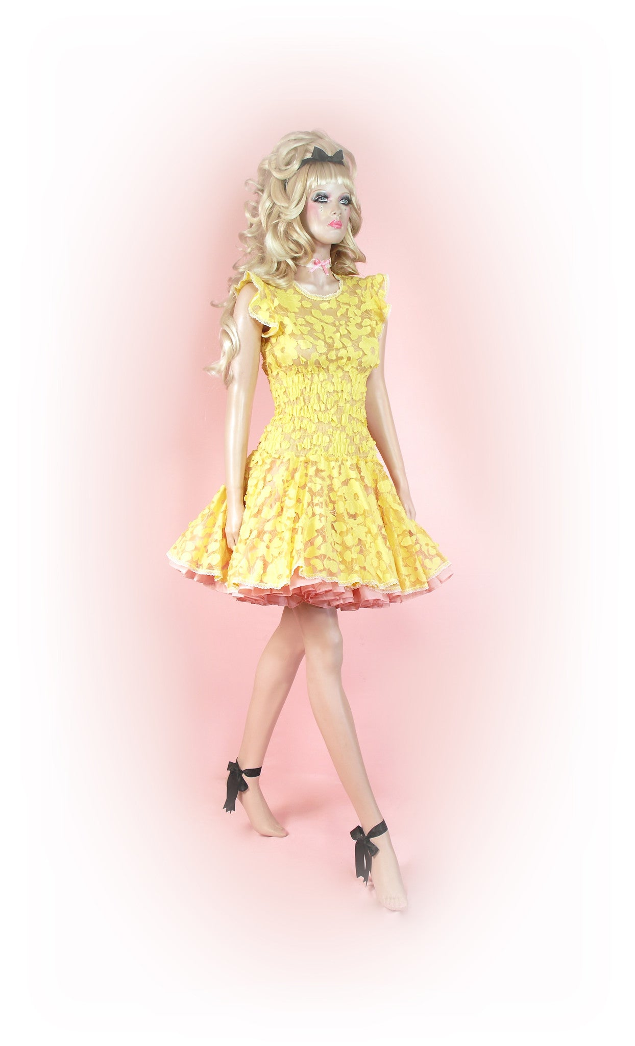 Yellow<br>Sunshine Lace