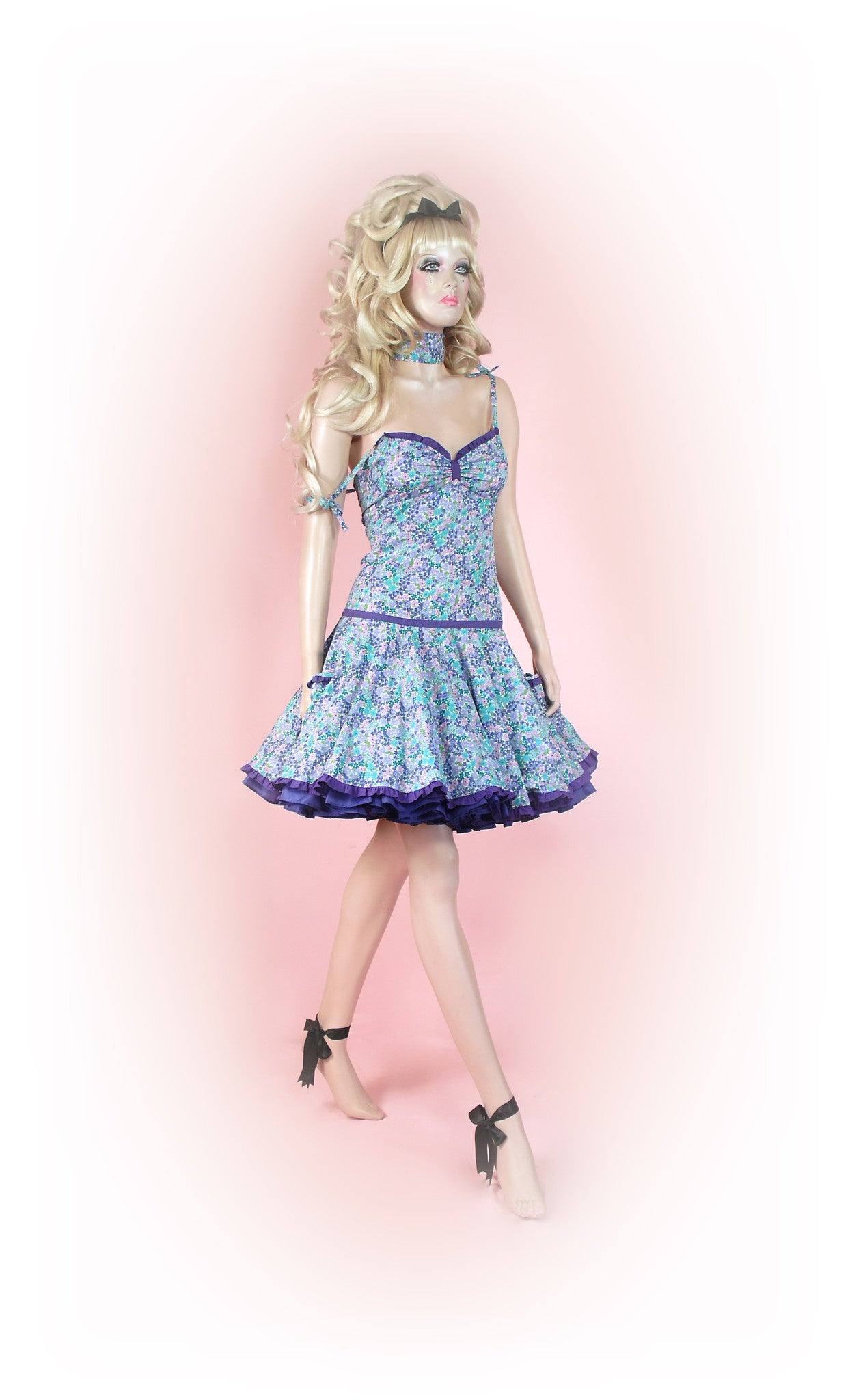 Blue<br>Posy Floral